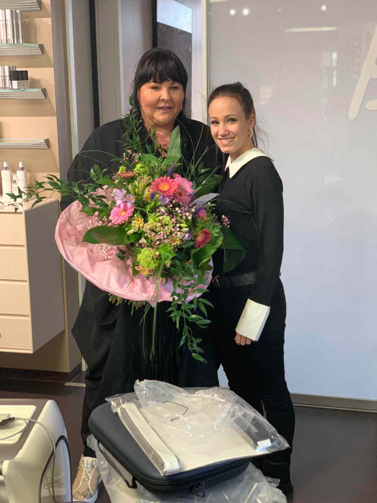 LANDSBERG gratuliert Bine Eibl Kosmetikstudio zu 3 neuen JetPro