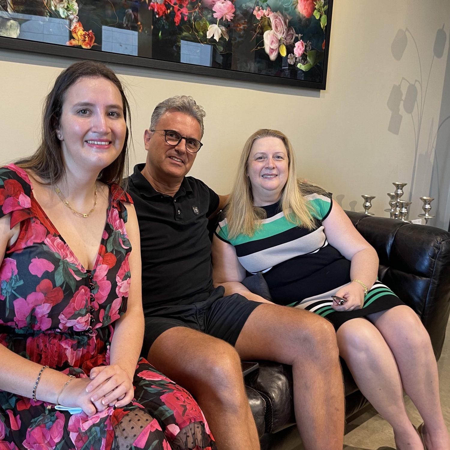Suha at-Tawil and the Arafat family visit Landsberg